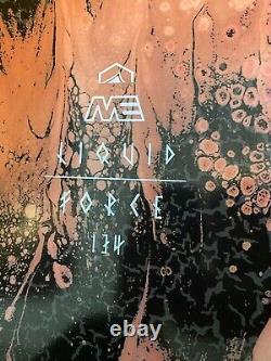 Tableau De Wakeboard Pour Femmes De Force Liquide 134